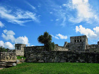 mexico, tulum, mayan, the-castle, temple-of-the-decending-god, inner-precinct, view, quintana- roo,