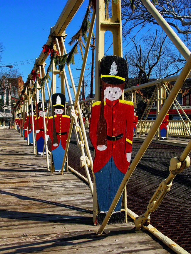 new jersey, clinton, red coats, wooden toy soliders, bridge, holiday season, , photo