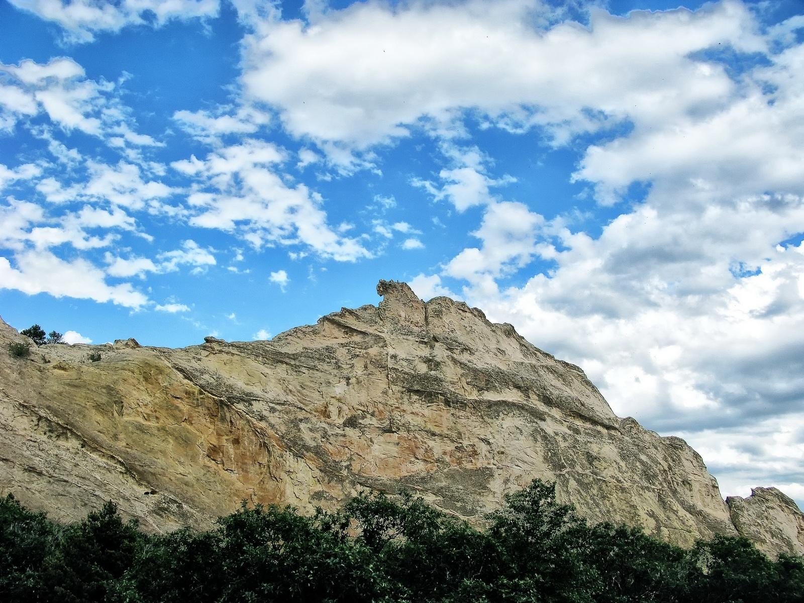 Kindergarten Rock is one of the longest continuous exposed rock in Garden of the Gods Park.