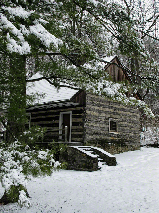 pennsylvania, allentown, hunters log cabin, abraham kirper, 1739, winter,, photo