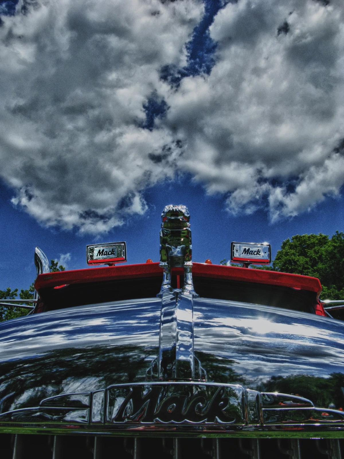 pennsylvania, macungie, mack, atca antique truckshow, bulldog, image, macungie memorial park, truck, chrome, refection, vintage...