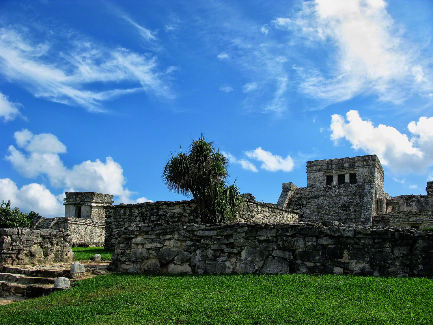 mexico, tulum, mayan, the-castle, temple-of-the-decending-god, inner-precinct, view, quintana- roo, , photo